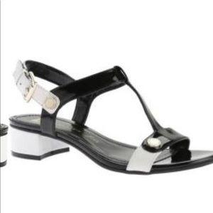 Women's Anne Klein Ebber Sandal Black/white. NEW